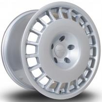 D154 17x9.5 5x120 ET38 Silver